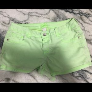 GORGEOUS LIME GREEN JUSTICE SHORTS